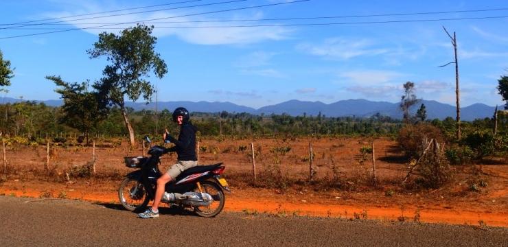 Laos – Skuterem przez płaskowyż Bolaven