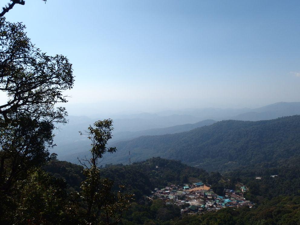 Wioska zagubiona w górach